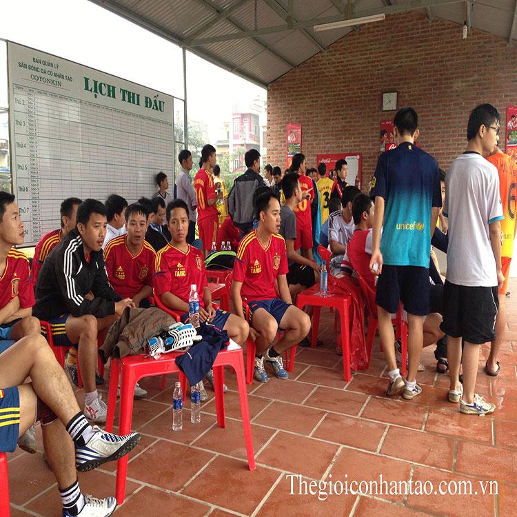 Toàn cảnh sân bóng đá cỏ nhân tạo Cotonkin ở tp.Nam Định 4