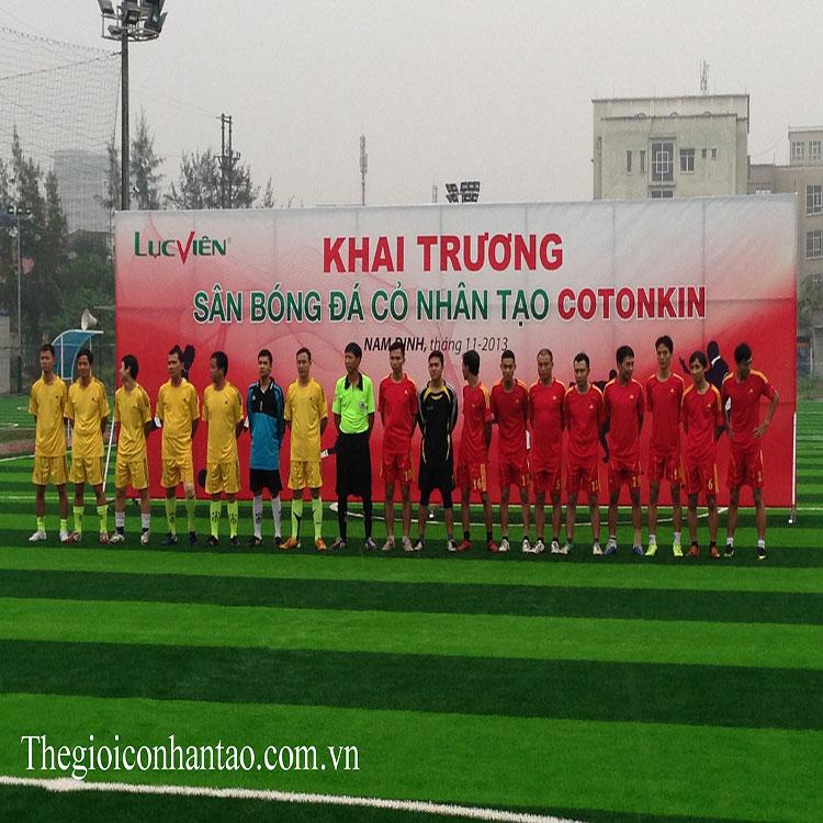 Toàn cảnh sân bóng đá cỏ nhân tạo Cotonkin ở tp.Nam Định 1