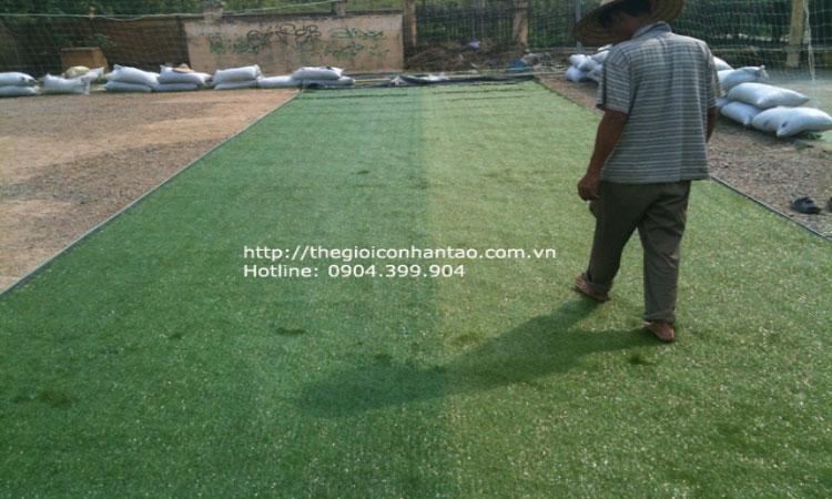 Thi công sân banh cỏ nhân tạo Hòa Khánh - Buôn Mê Thuật - Đắc Lắk 4
