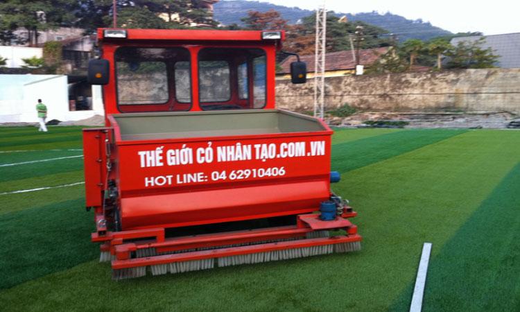 Dưới đây là một số hình ảnh thi công sân cỏ nhân tạo tại Phố Châu - Hương Sơn - Hà Tĩnh: 4