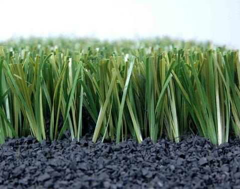 Tác dụng của hạt cao su đối với sân cỏ nhân tạo? 1