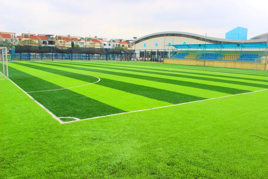 1- Nguồn vốn cần thiết trong đầu tư sân bóng cỏ nhân tạo? 1