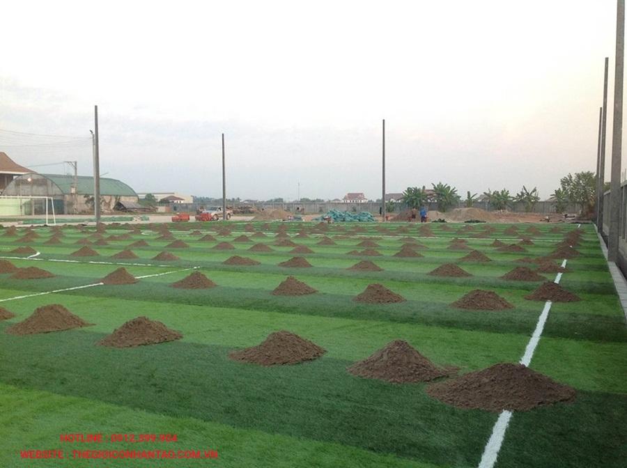 Một số hình ảnh của sân bóng đá cỏ nhân tạo 3A FC, Lào 2