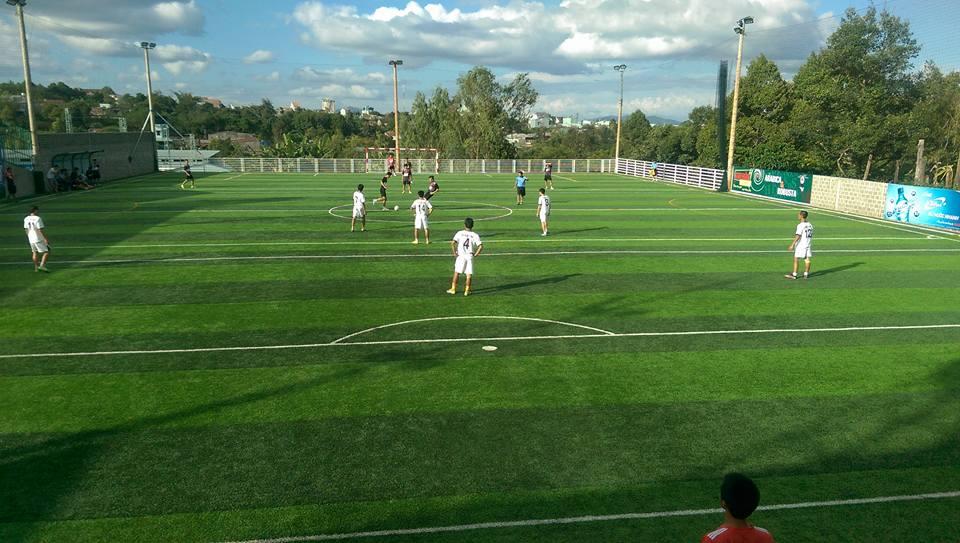 Một số hình ảnh của Dự án sân bóng đá cỏ nhân tạo Hòa Thảo 2