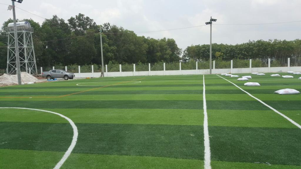 2.Một số sân bóng đá cỏ nhân tạo DVN đã thi công 2