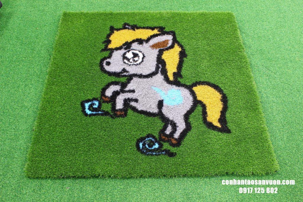 Hình ảnh Thảm cỏ hình 12 con giáp 4