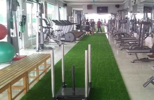 Tạo phong cách riêng cho phòng gym với cỏ nhân tạo 1