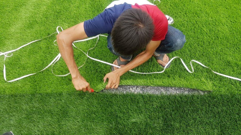 Một số hình ảnh thi công sân cỏ nhân tạo của DVN 2
