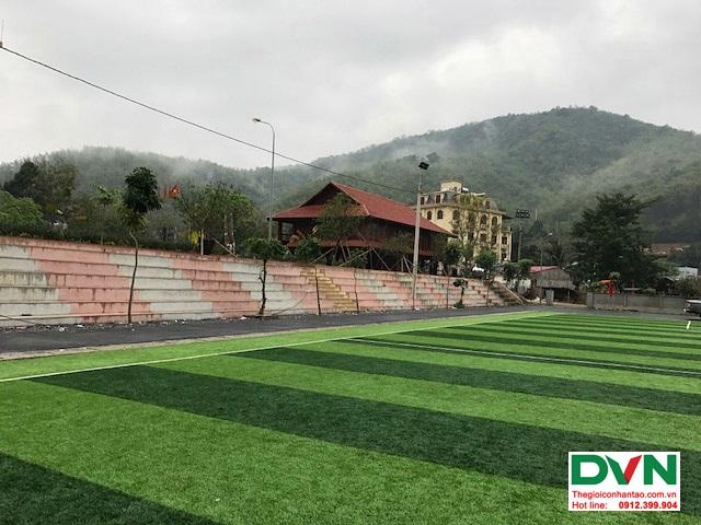 Thi công sân bóng đá cỏ nhân tạo tại Quan Sơn – Thanh Hóa 1