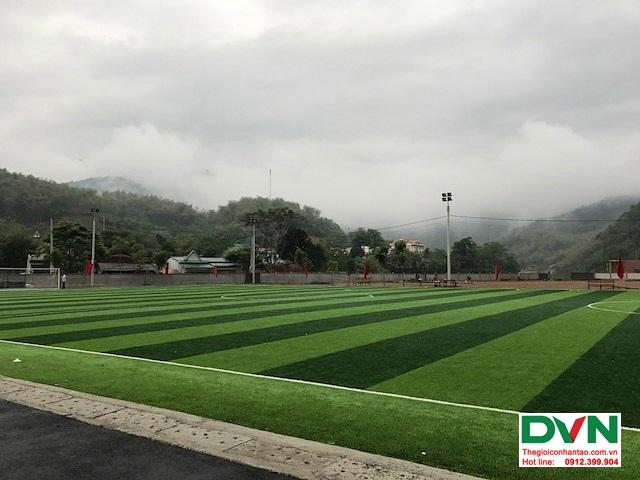 Thi công sân bóng đá cỏ nhân tạo tại Quan Sơn – Thanh Hóa 3