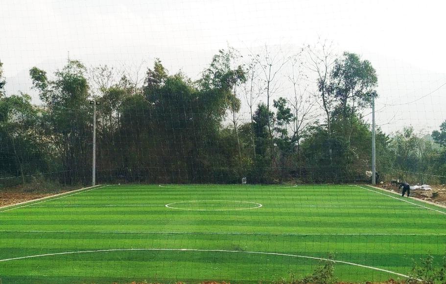 Thi công sân bóng đá cỏ nhân tạo tại Văn Bàn – Lào Cai 4