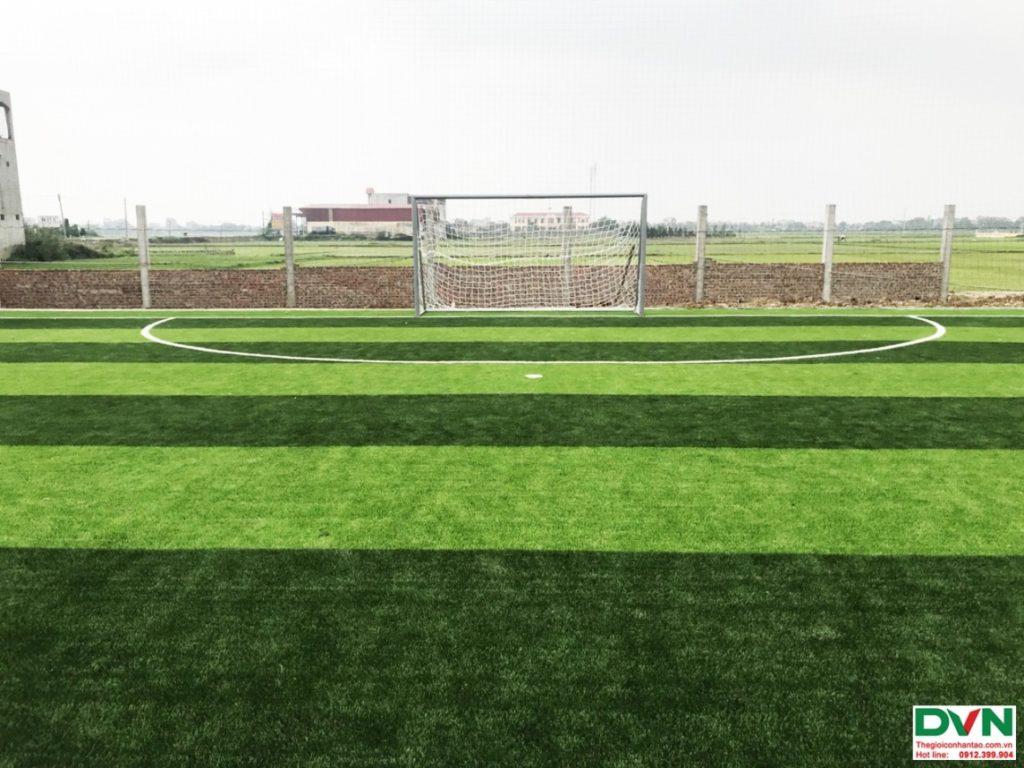 Thi công sân bóng đá cỏ nhân tạo Nam Giang - Nam Định 6