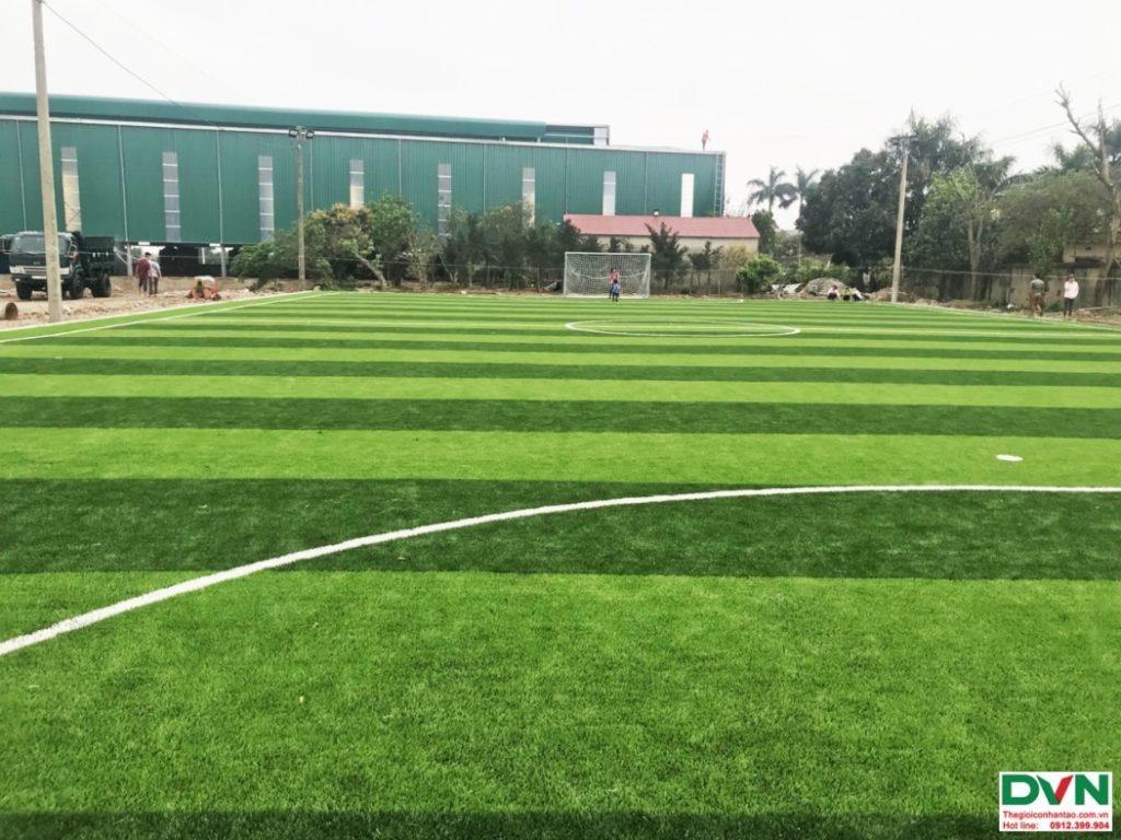 Thi công sân bóng đá cỏ nhân tạo Nam Giang - Nam Định 8