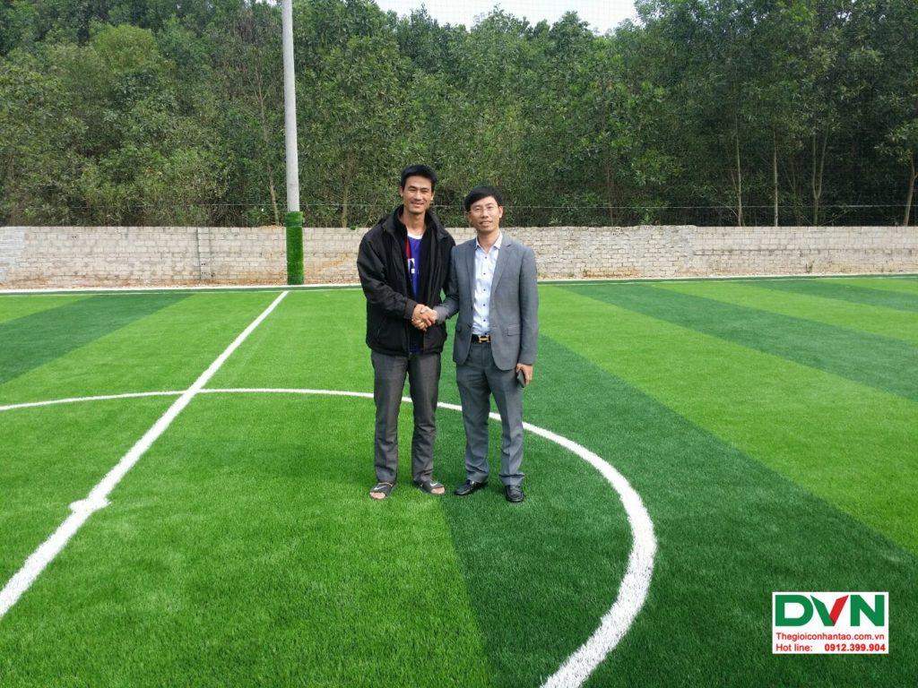 Thi công sân bóng đá cỏ nhân tạo Vĩnh Lộc - Thanh Hóa 13