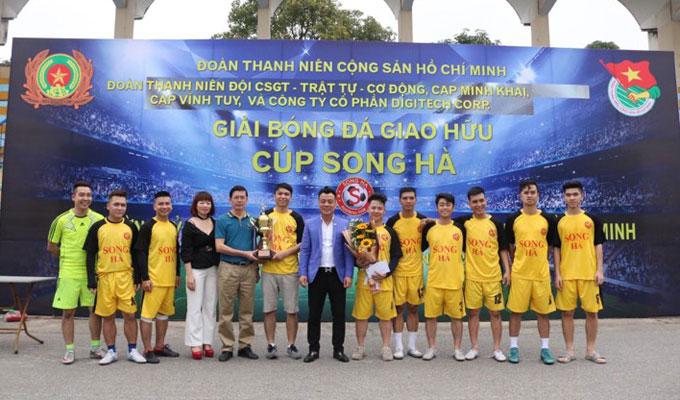 Một số hình ảnh tại giải bóng đá Song Hà 2018 8