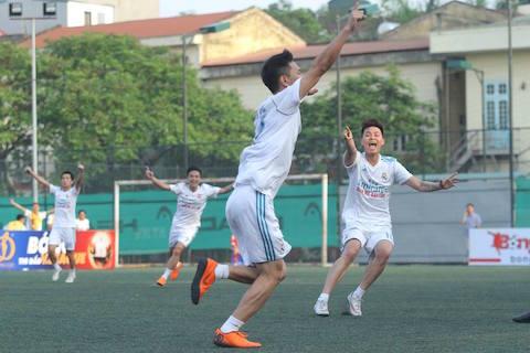 """Giải hạng Nhì Vietfootball 2018: Khi Hùng """"sư phạm"""" làm thơ! 3"""