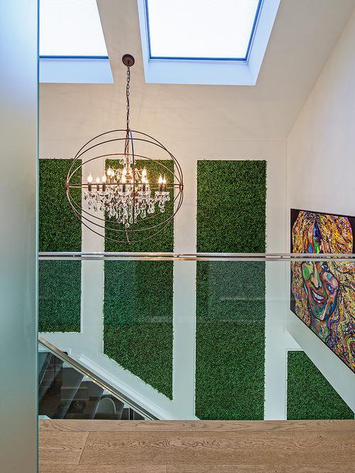 2. Trải thảm cỏ cho tường nhà 1
