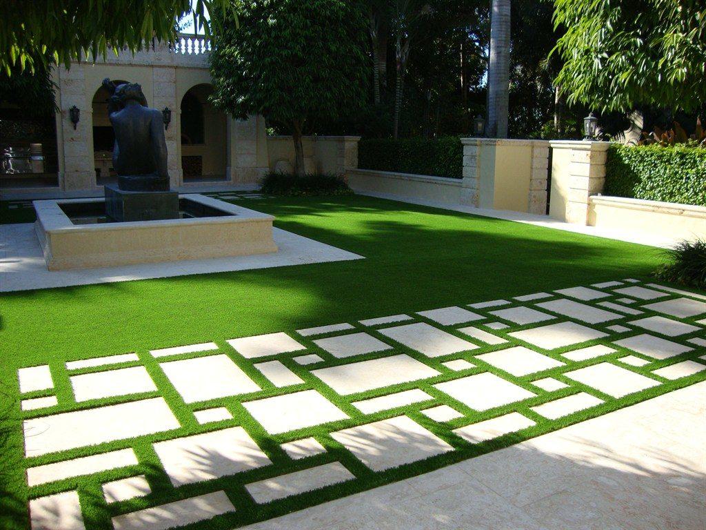 4. Dùng cỏ nhân tạo để viền ô gạch 1