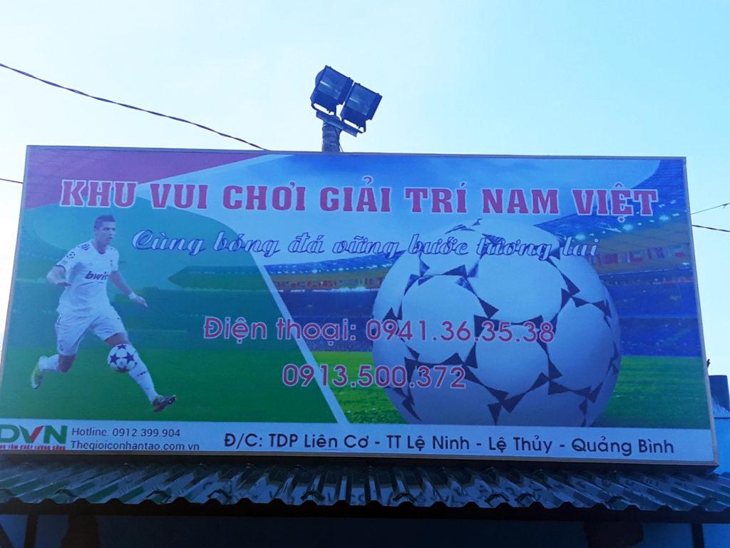 Một số hình ảnh của dự ánsân bóng cỏ nhân tạo tại Lệ Thủy, Quảng Bình 1