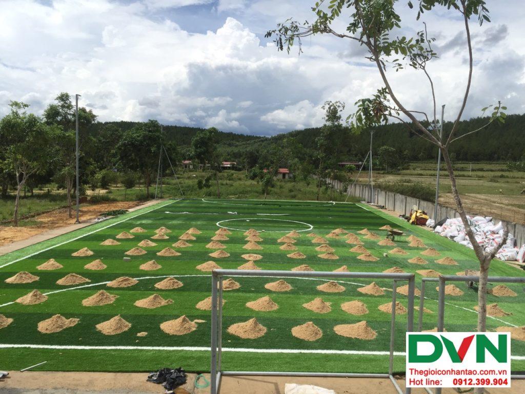 Một số hình ảnh của dự ánsân bóng cỏ nhân tạo tại Trường THPT Bố Trạch số 4, Quảng Bình 2