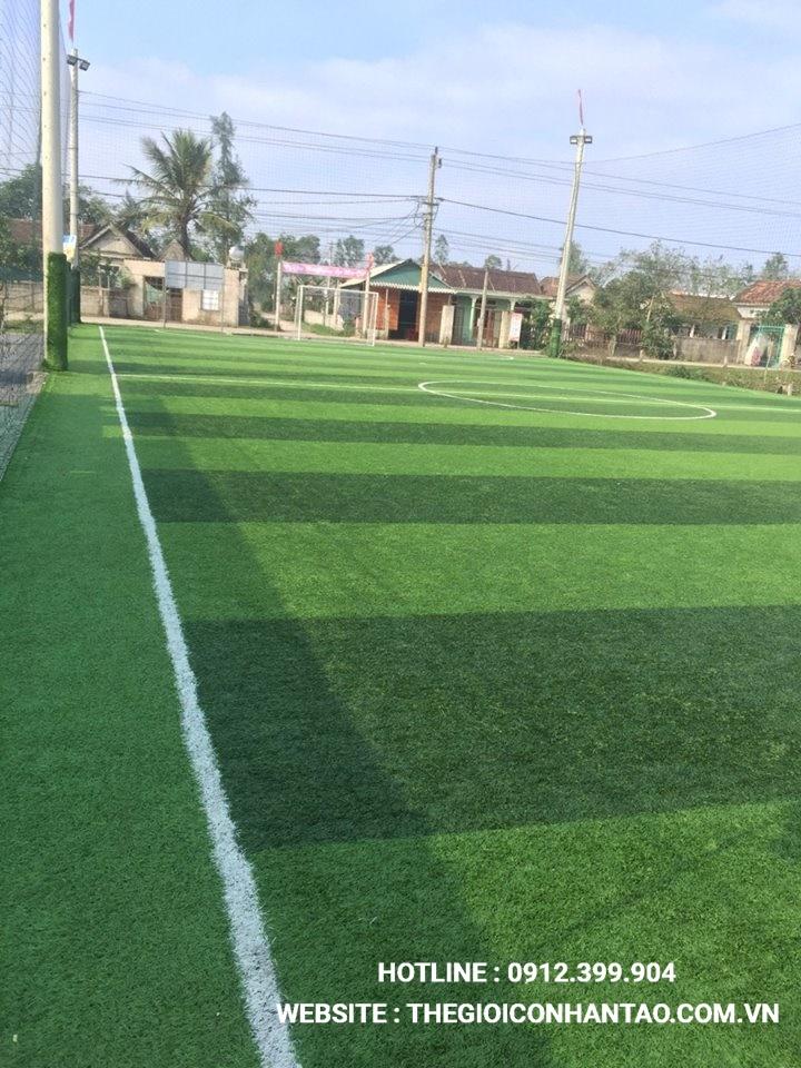Một số hình ảnh của dự ánsân bóng cỏ nhân tạo Sân bóng Hoàng Thịnh tại Lệ Thủy, Quảng Bình 3