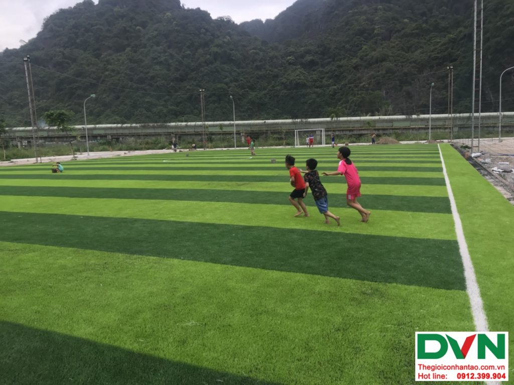 Một số hình ảnh của dự ánsân bóng cỏ nhân tạo tại Quang Hanh, Cẩm Phả, Quảng Ninh 5