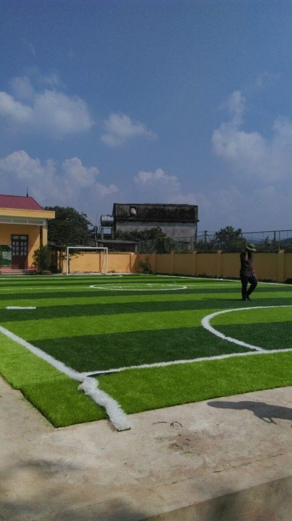Một số hình ảnh của dự án sân bóng cỏ nhân tạo tại Trường tiểu học Phượng Sơn 2, Lục Ngạn, Bắc Giang 3