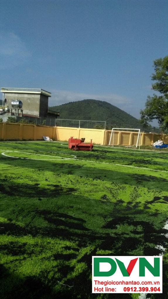 Một số hình ảnh của dự án sân bóng cỏ nhân tạo tại Trường tiểu học Phượng Sơn 2, Lục Ngạn, Bắc Giang 6