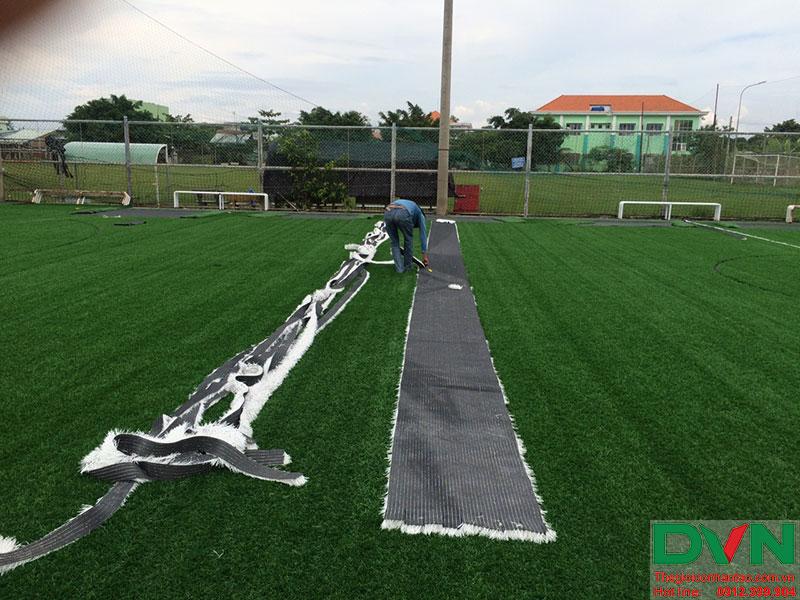 Một số hình ảnh của dự án sân cỏ nhân tạo tại Long An 7