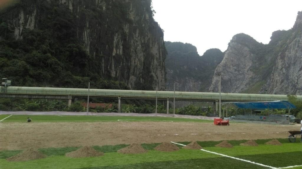 Một số hình ảnh của dự án sân bóng đá cỏ nhân tạo tạiCẩm Thạch, Tp Cẩm Phả, tỉnh Quảng Ninh 3