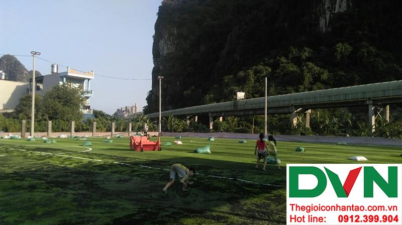 Một số hình ảnh của dự án sân bóng đá cỏ nhân tạo tạiCẩm Thạch, Tp Cẩm Phả, tỉnh Quảng Ninh 4