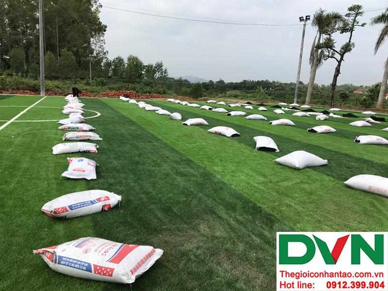 Hình ảnh tại dự án sân bóng đá cỏ nhân tạo Hồ Quan - Hữu Lũng - Lạng Sơn 2