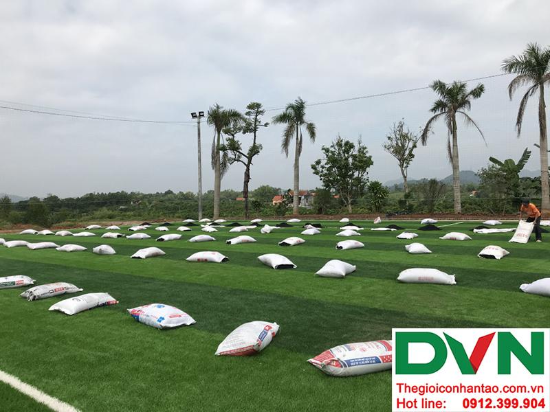 Hình ảnh tại dự án sân bóng đá cỏ nhân tạo Hồ Quan - Hữu Lũng - Lạng Sơn 3