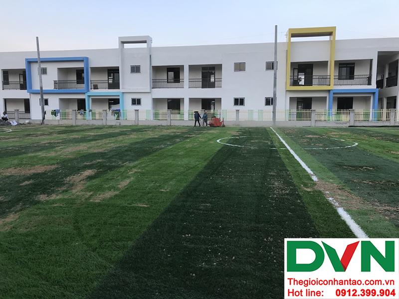 Một số hình ảnh của dự án sân bóng cỏ nhân tạo tại Trường mầm non Hoa Sen, Nghĩa Đàn, Nghệ An 1