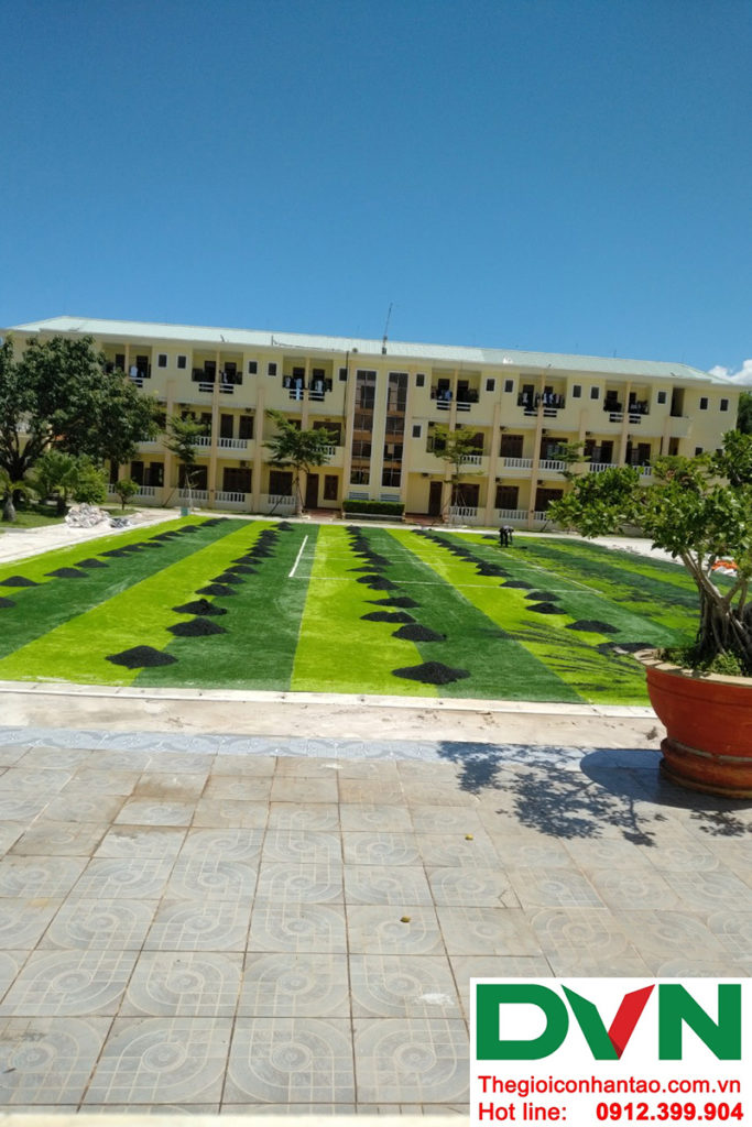 Dưới đây là một vài hình ảnh của dự án sân bóng cỏ nhân tạo tại Hòa Hiệp Nam, Liên Chiểu, Đà Nẵng 2