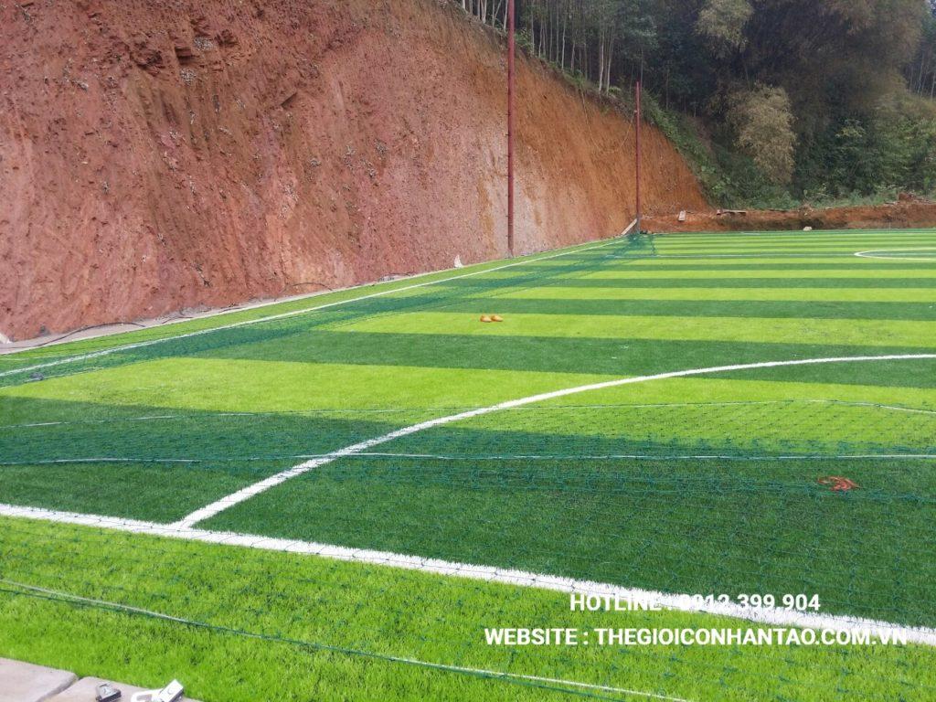 Hãy cùng xem qua những hình ảnh trên sân bóng đá tạiTà Phờ, Lào Cai 7