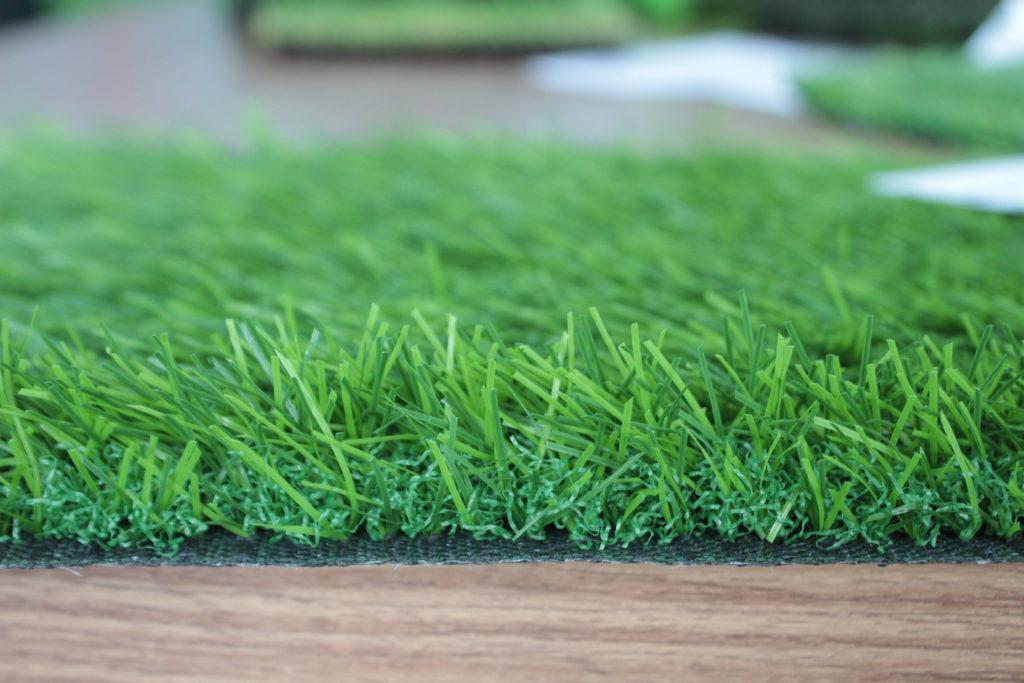 + Cỏ nhân tạo sân vườn 2cm 1