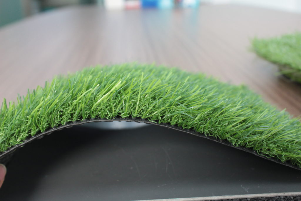 + Cỏ nhân tạo sân vườn 3cm 1