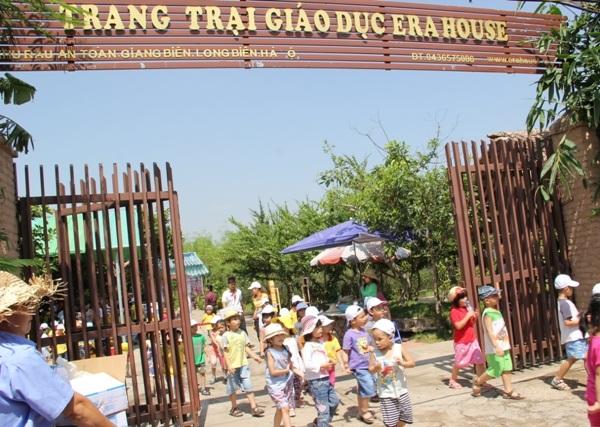 Dự án sân bóng đá tại Erahouse, Long Biên, Hà Nội
