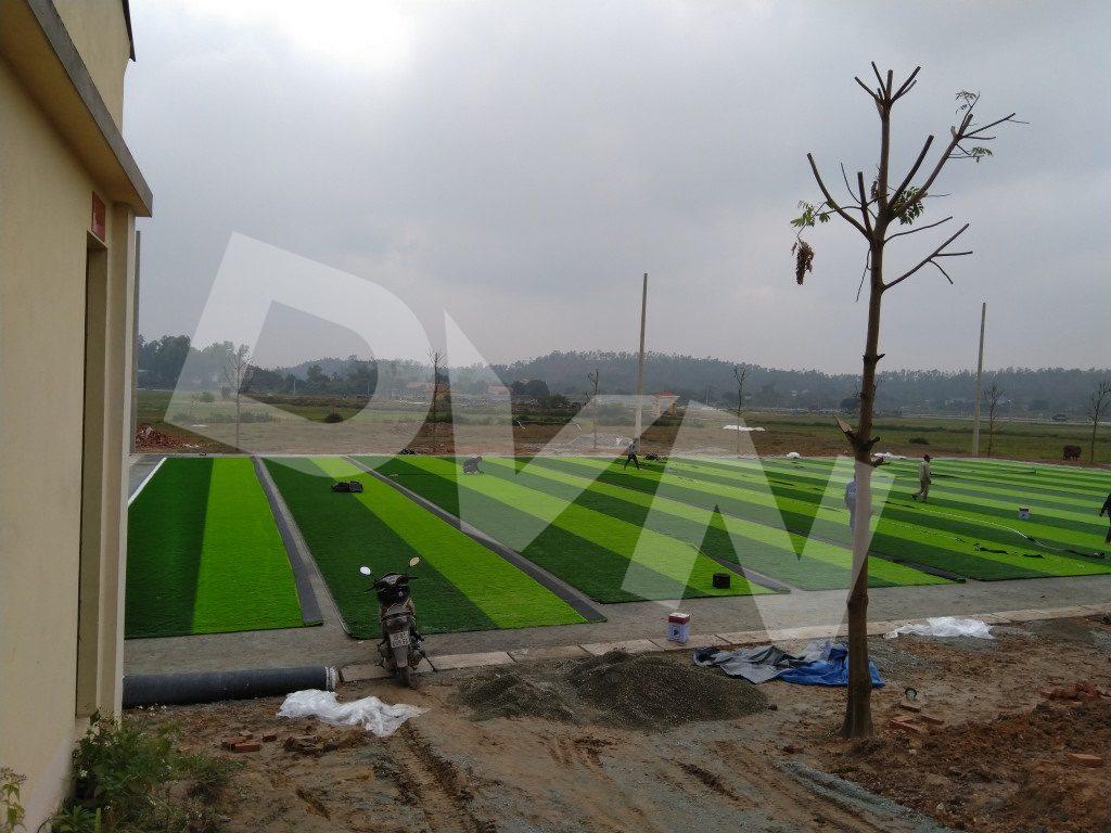 Cắt, dán các thảm cỏ nhân tạo