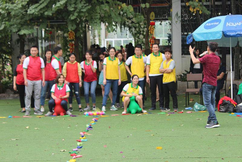 Khoảnh khắc team building chi nhánh Hà Nội