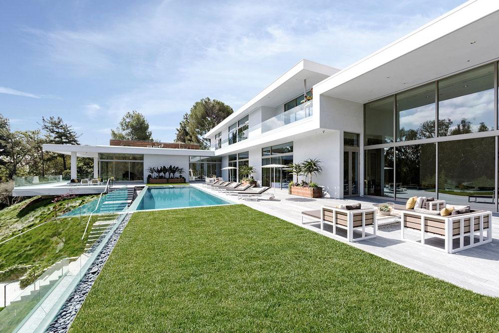 1, Lý do sử dụng thảm cỏ nhân tạo cho bể bơi 1