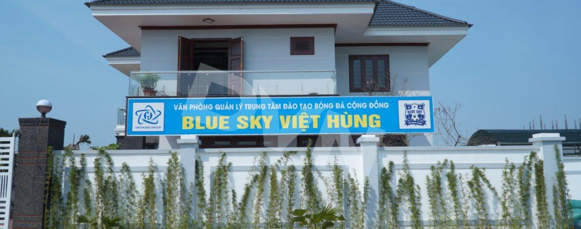 Dự án sân bóng tại Trung tâm Đào tạo bóng đá cộng đồng Blue Sky Việt Hùng, Thanh Hóa