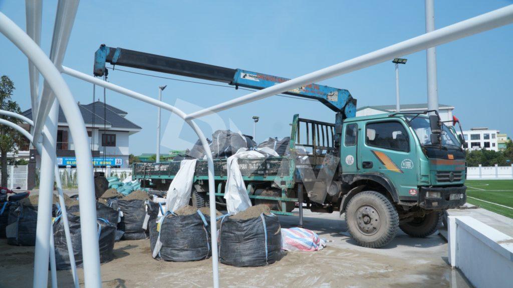 1, Một số hình ảnh của dự án sân bóng đá Blue Sky Việt Hùng 7