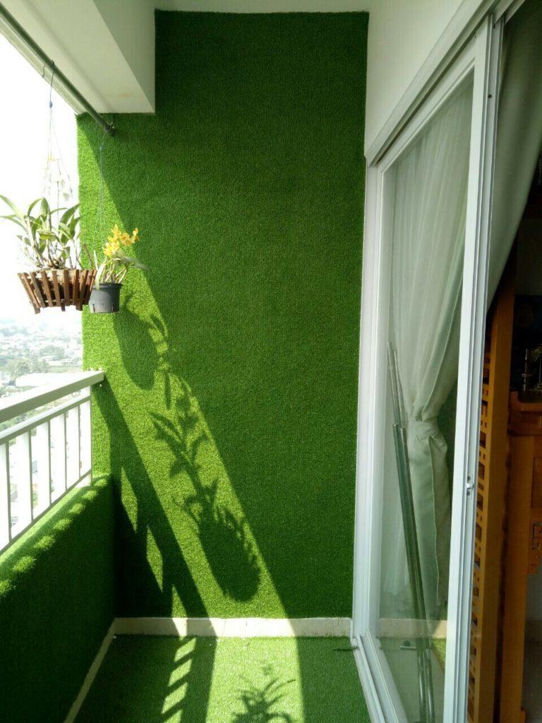 Trang trí cỏ nhân tạo dán tường