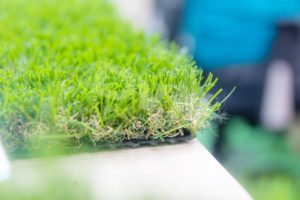2.Mật độ sợi cỏ mỏng hay dầy thì phù hợp cho văn phòng? 4