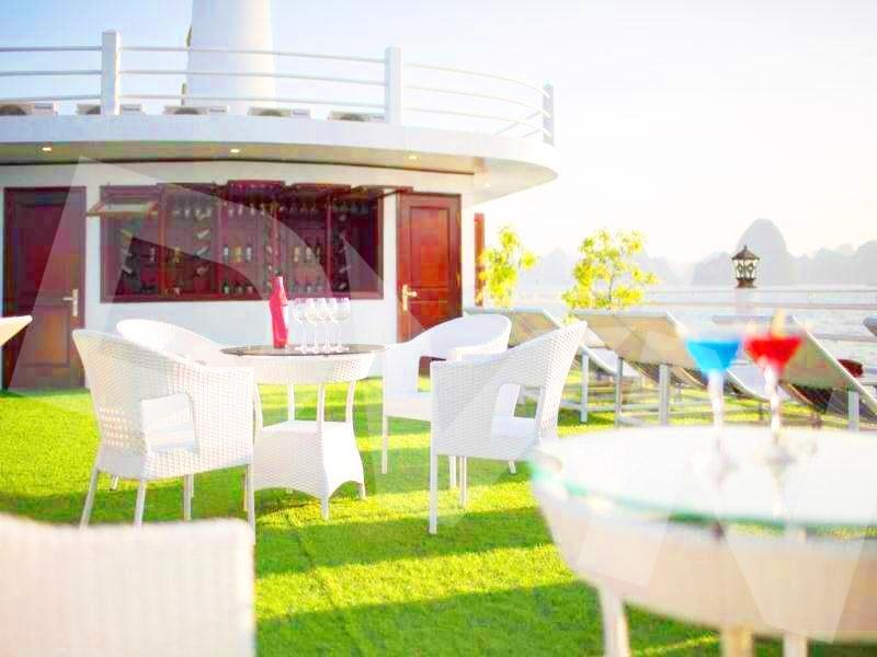 1, Một số hình ảnh của dự ánTrải cỏ Du thuyền Hạ Long Silversea Cruise 4