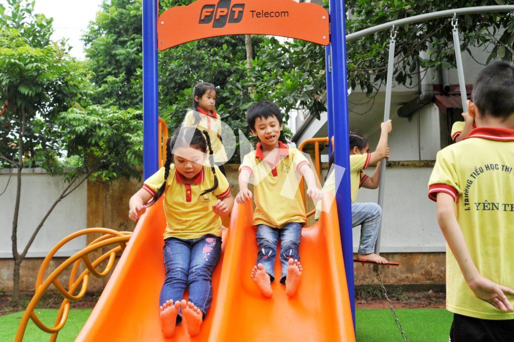 1, Một số hình ảnh sân chơi tại Trường tiểu học thị trấn Cầu Gồ 4