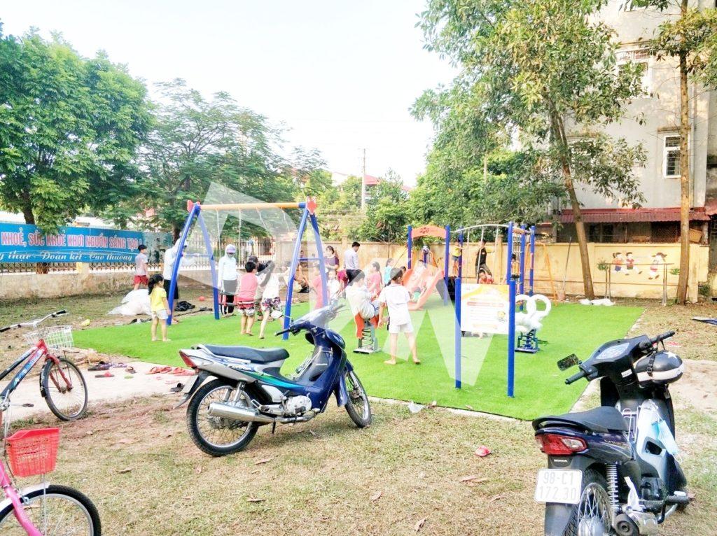 1, Một số hình ảnh sân chơi tại Trường tiểu học thị trấn Cầu Gồ 6