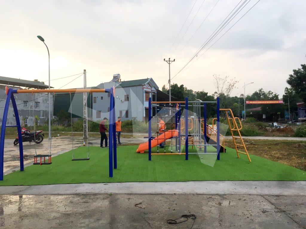 1, Một số hình ảnh sân chơi tại Nhà văn hóa Xã Hưng Đạo 1
